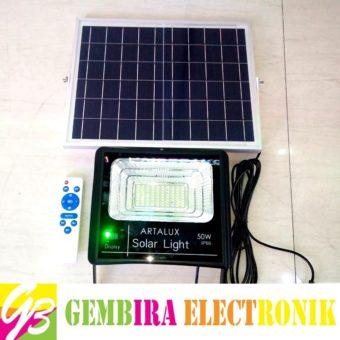 Lampu Tembak LED Solar Panel Set 50w