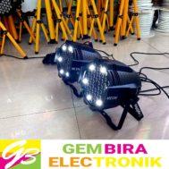 Set Par 54 LED x 3W RGBW Spark